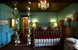 Enjoy a romantic getaway at The Hundred House