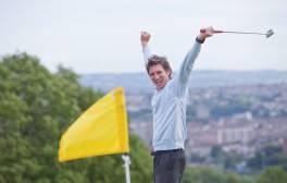 Enjoy spectacular indoor and outdoor golf in Bristol