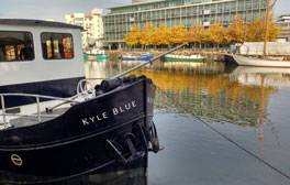 Sleep on luxury boat hostel the Kyle Blue Bristol