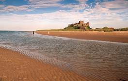 Enjoy a dog friendly coastal break in Northumberland