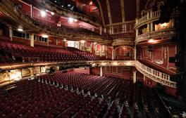 Schauen Sie im Sunderland Empire Theatre hinter die Kulissen