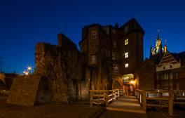 Entdecken Sie die farbenfrohe Geschichte der Burg von Newcastle
