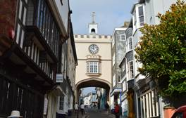 Plunder the Markets of Totnes