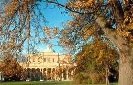 Explore the Regency spa town of Cheltenham
