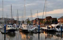 Discover markets, marinas and microbreweries