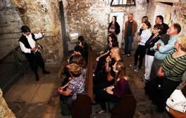 El castillo de Oxford le descubre sus secretos más oscuros