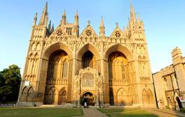 Visit one of the finest Norman cathedrals in Europe
