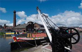 History and boat trips at The National Waterways Museum