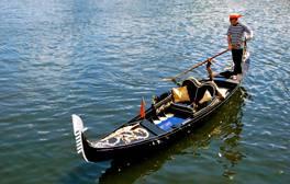Ride a Venetian gondola along the River Avon