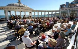 Watch a performance by the Scarborough Spa Orchestra