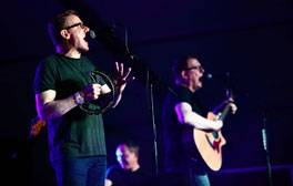 Enjoy a weekend of music at Beverley Folk Festival