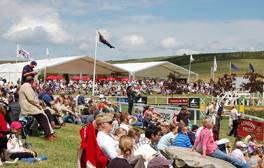 Witness the thrill of the race at Barbury International Horse Trials