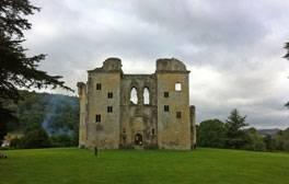 Entdecken Sie das Old Wardour Castle