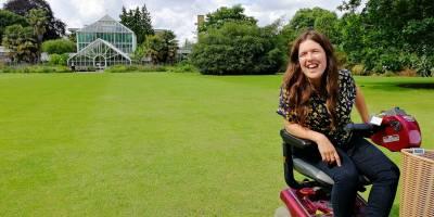 Rosie Jones at Cambridge Botanical Gardens