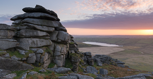 Find rural and coastal breaks in England, UK
